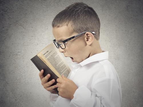 kid_reading_book_marketing_stats
