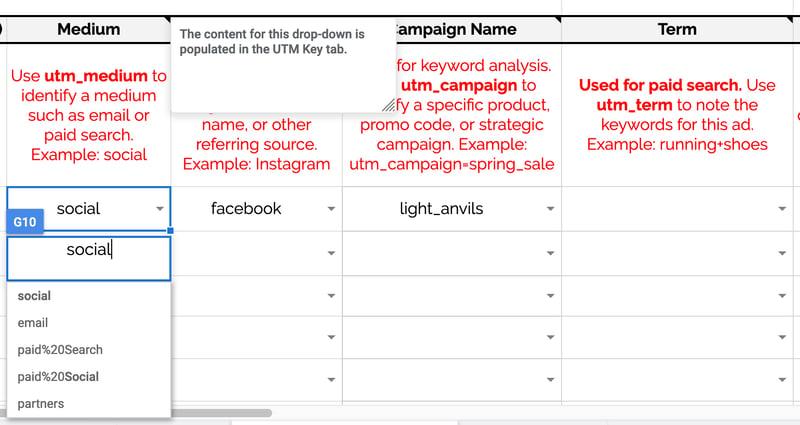Select UTM parameters within UTM tool in Google Sheet